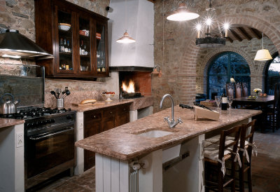 Gourmet Kitchen with authentic Italian wood burning grill